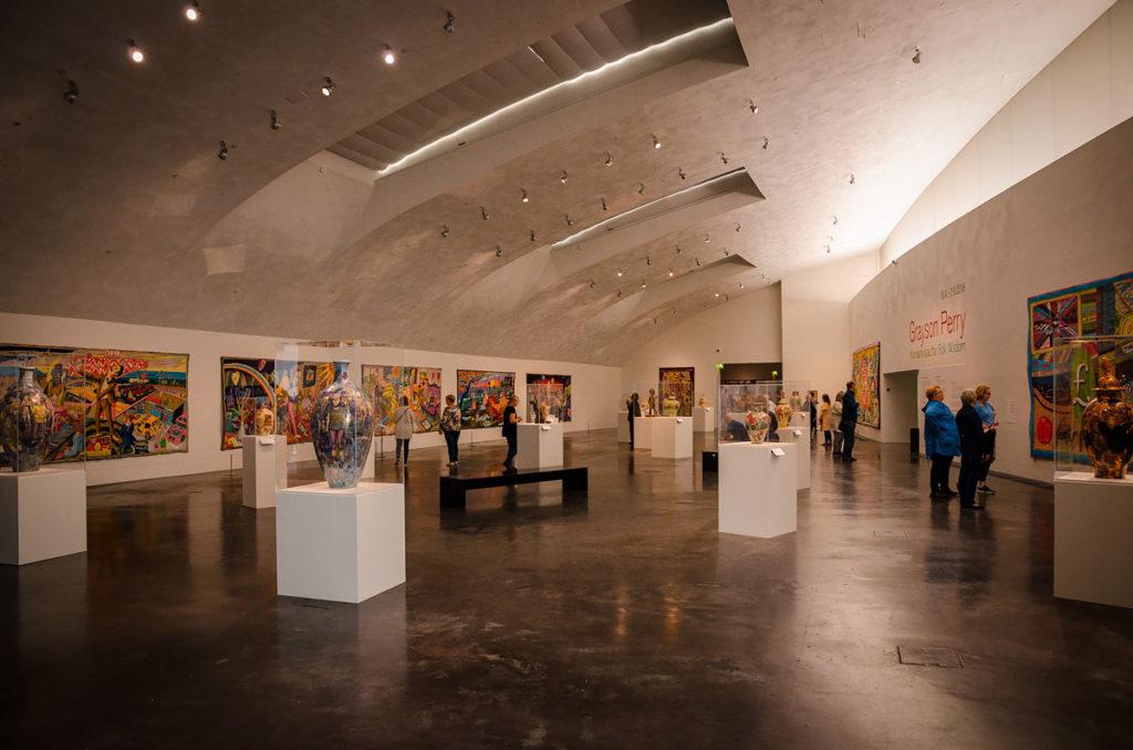 Ceramic collection display - Kiasma Museum
