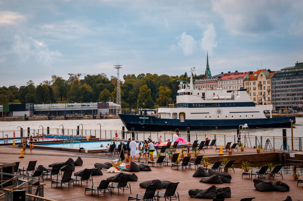 Resort in front of a harbor - Helsinki