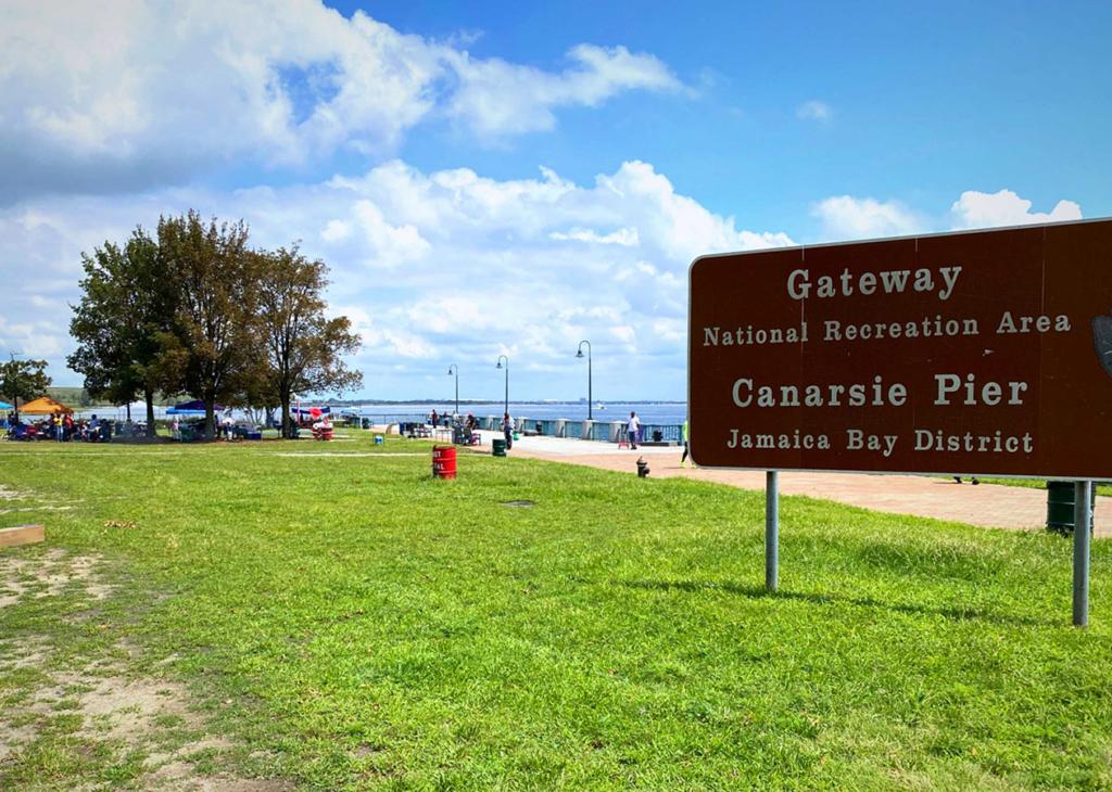 Canarsie Pier, Belt Parkway